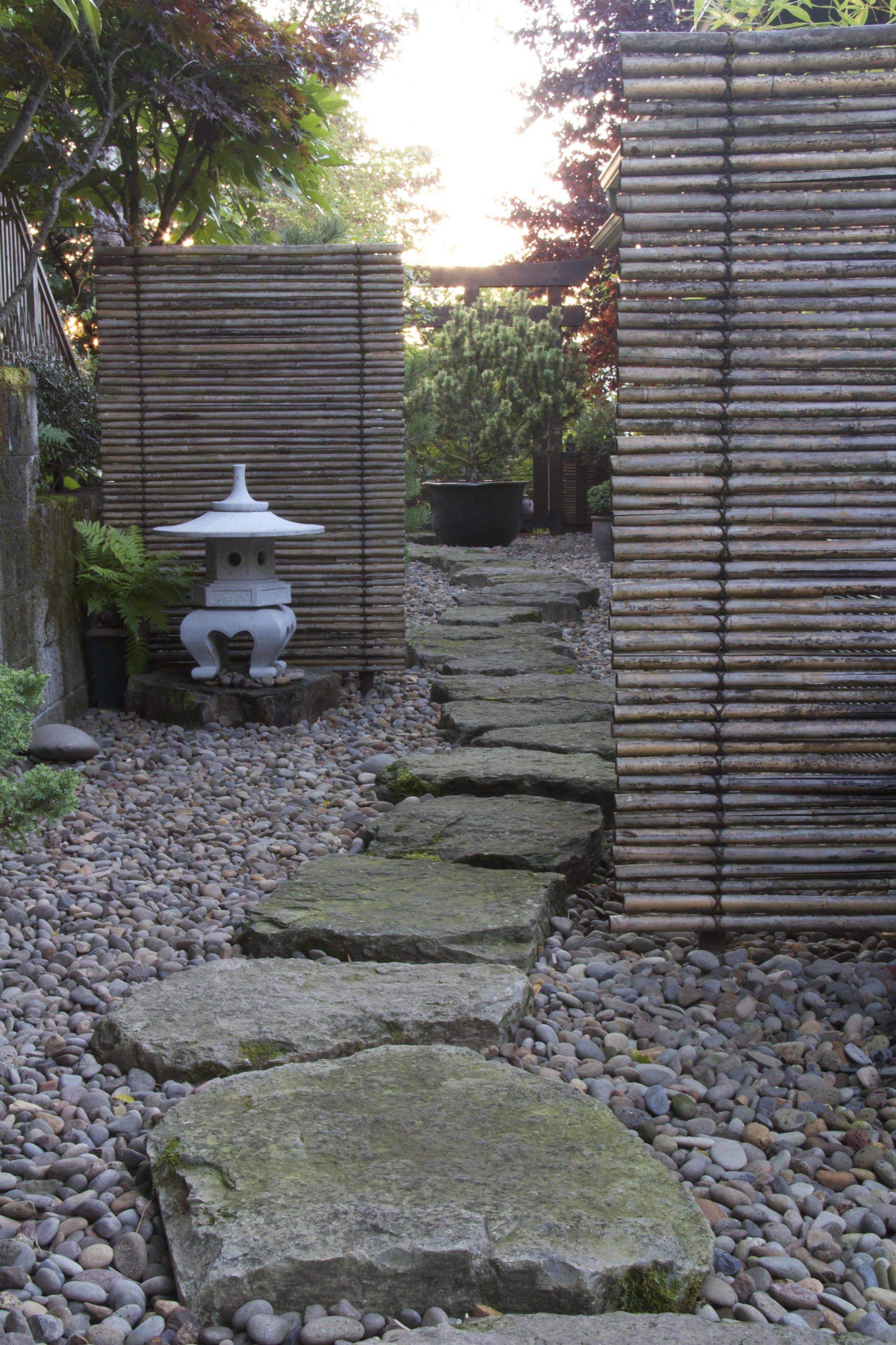 Really like these horizontal screens gardening jardins amenagement jardin d co jardin - Deco jardin chinois poitiers ...