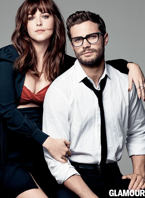 jamie dornan dakota johnson talk uncomfortable 50 shades sex scenes schauspieler brille. Black Bedroom Furniture Sets. Home Design Ideas