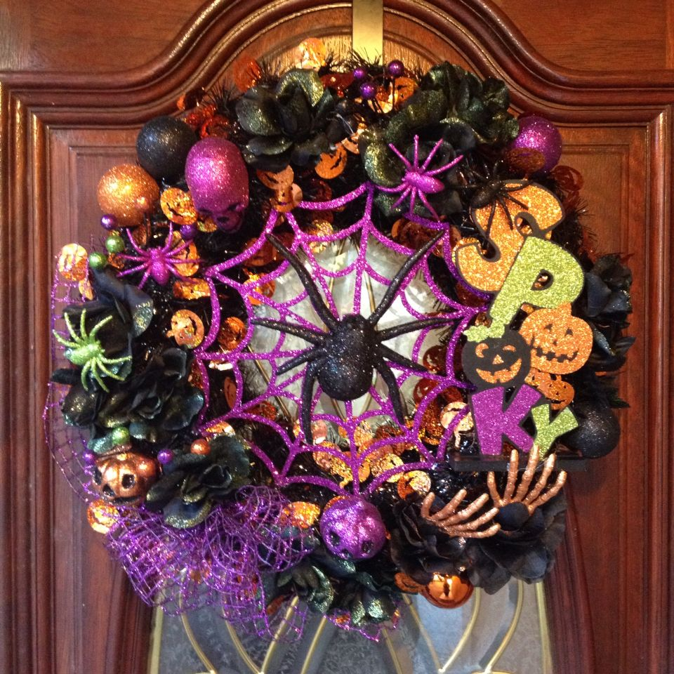 Order your Christmas wreath today!!  Debbie's Decor and More!!