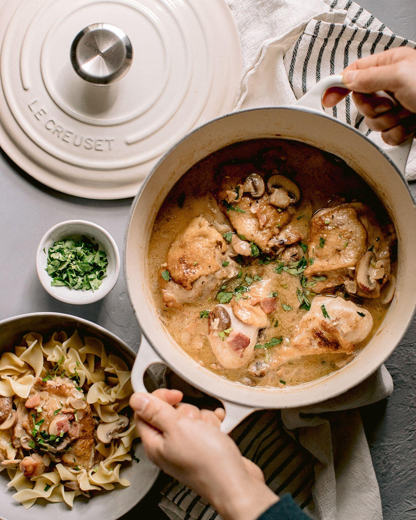 Coq Au Vin Blanc With Images Coq Au Vin Dinner Recipes Le