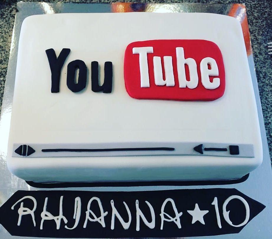 You Tube Logo Inspired Cake Novelty Birthday Cakes 9th Birthday Cake Childrens Birthday Cakes