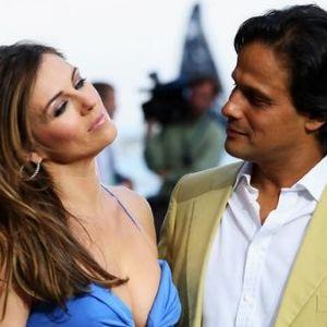 Elizabeth Hurley Files For Divorce From Arun Nayar Elizabeth Hurley Hurley Celebrities
