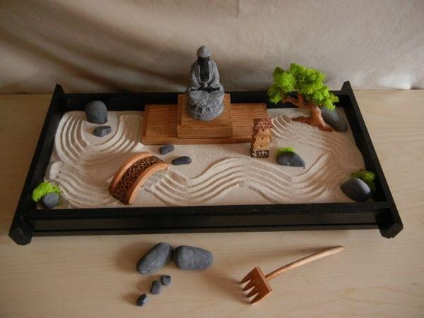 DIY-tabletop-zen-garden-ideas-sand-rocks-wooden-bridge-rake.jpg (600 on mini zen sand table, diy zen garden sand, mini rock garden, japanese rock garden sand,