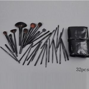 attractive mac 32 pieces brushes set with black pouch makeup