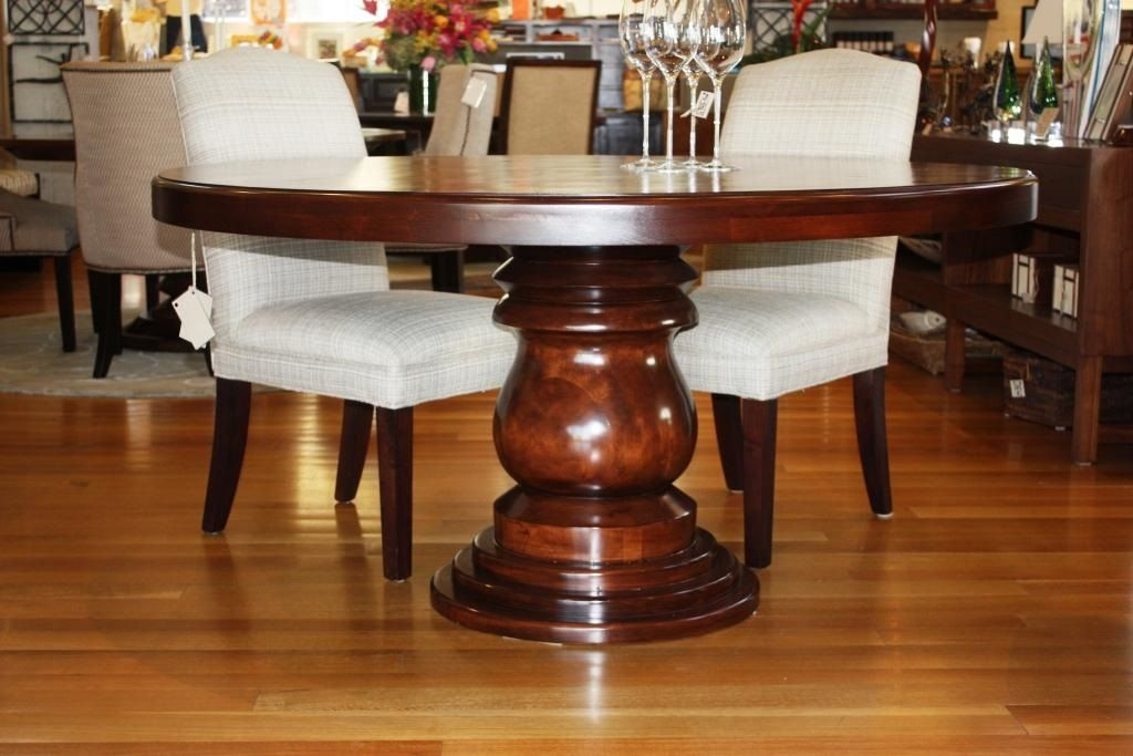 fat round pedestal dining table The dining room Pinterest