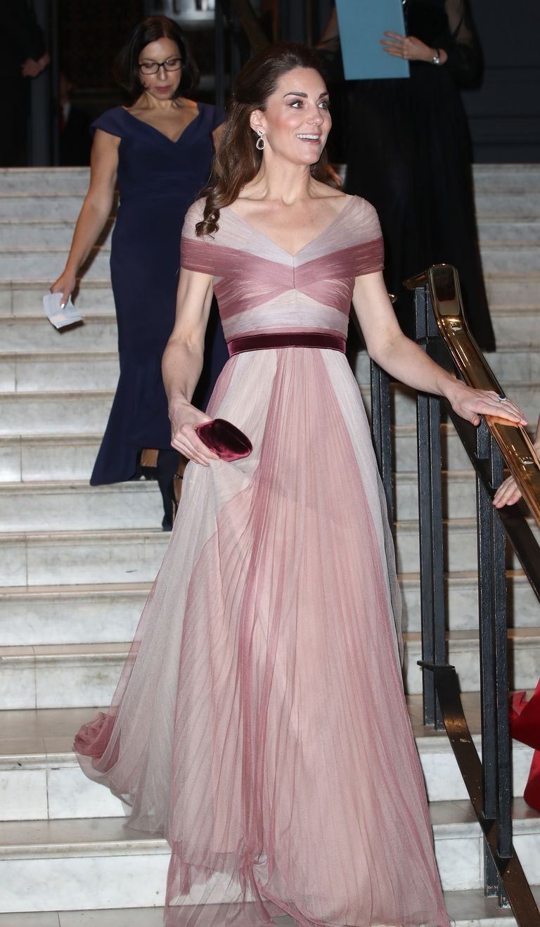 1e561e036c4f Kate Middleton Wears Gorgeous Two-Tone Gucci Dress to Gala Dinner At ...