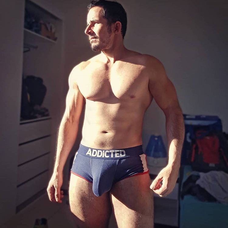 Pin By Allancfackler On Bodybuilding In 2020 Shirtless Men Big