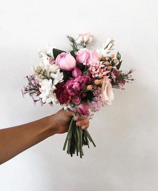 Wunderschöner Brautstrauß in Pink ️ #pinkwedding #weddingbouquet #brautst..., #brautst #Bra...