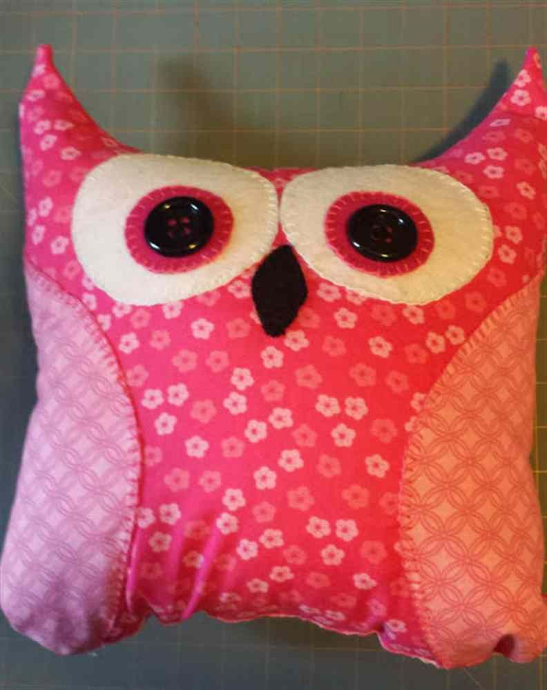 Pink Owl Pillow | DIY and Crafts | Pinterest | Owl pillow, Pink ...