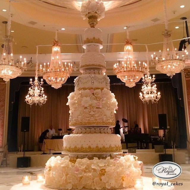 indian weddings inspirations white wedding cake repinned by indianweddingsmag indianweddingsmagcom extravagant