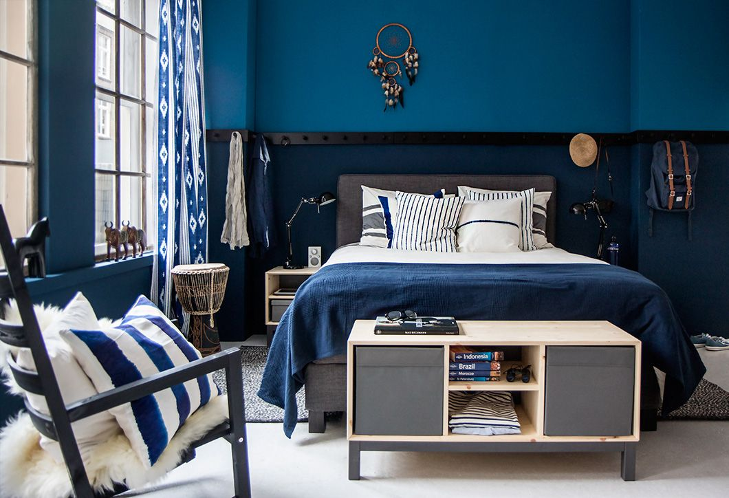 Dunvik boxspring man blauw mooie blauwe styling home for Donker interieur