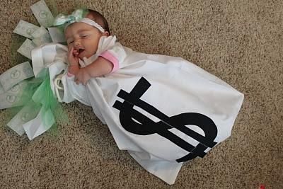 Bag of money baby halloween costume idea creative halloween baby money bag to go with daddy or mommy burglar costume we may just be doing this this year xander could be a cop costumesdo it yourself divas diy solutioingenieria Choice Image
