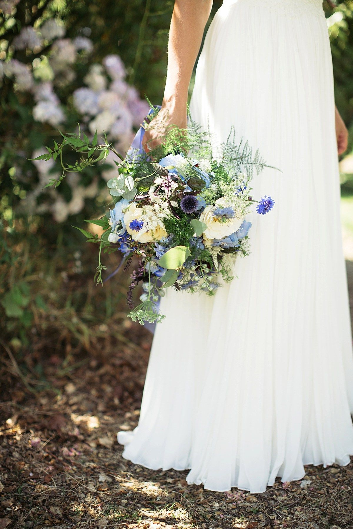A country casual and charming orchard wedding in shades of blue and gold