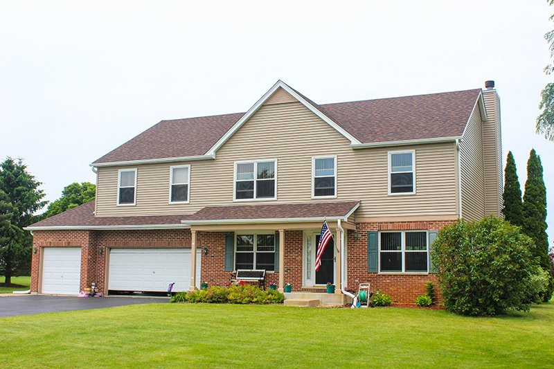 Best Suzanne Dr Spring Grove Il In 2020 Shingling Spring 400 x 300