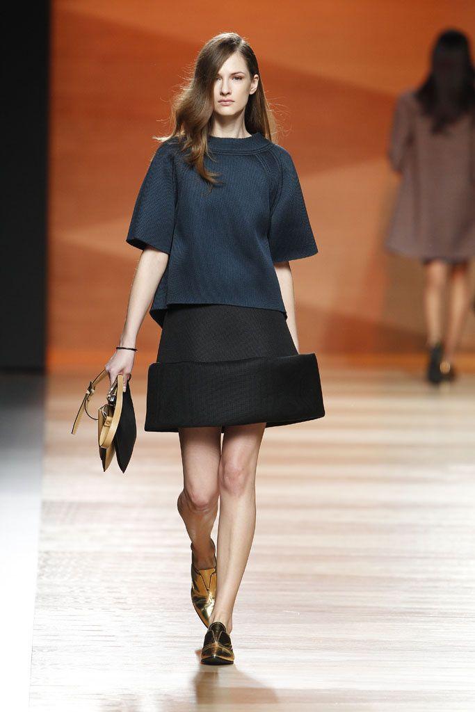 Juanjo Oliva - Mercedes Benz Fashion Week Madrid - Otoño Invierno 2014/2015 - Fashion Runway