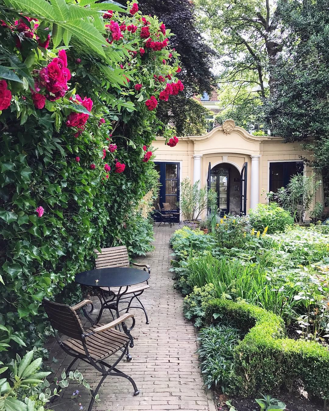 High Quality Amsterdam Garden. Happy Friday. Today And This Weekend Amsterdam Open Garden  Days. Over 30 Mostly Private Amsterdam Gardens Open To The Public.