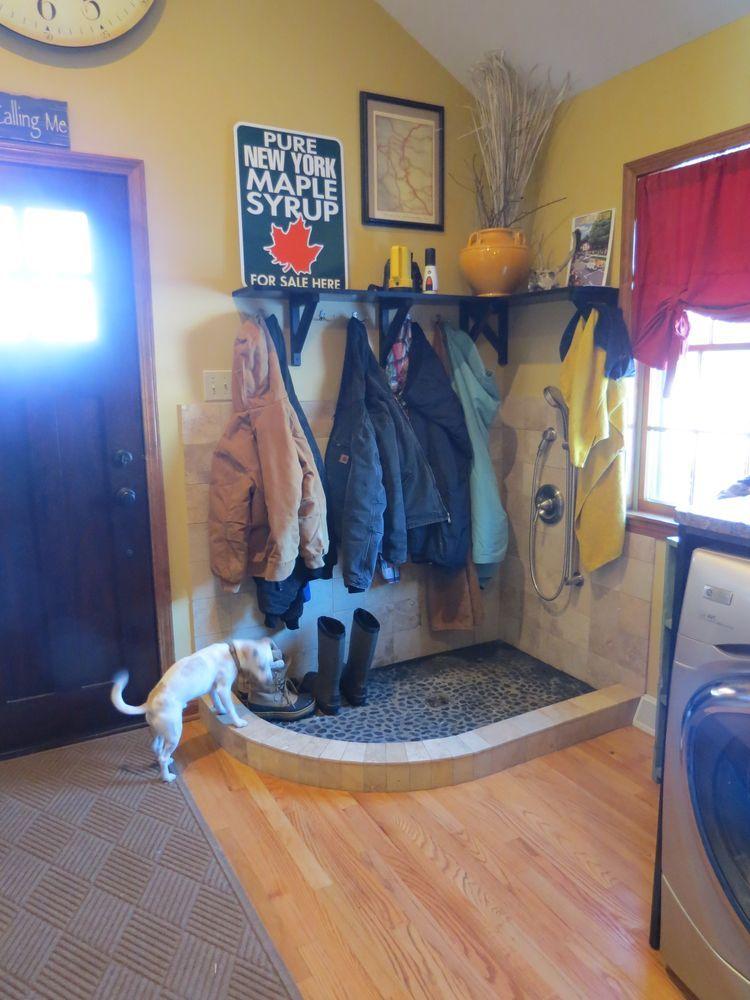 Small Mud Room With Dog Bath