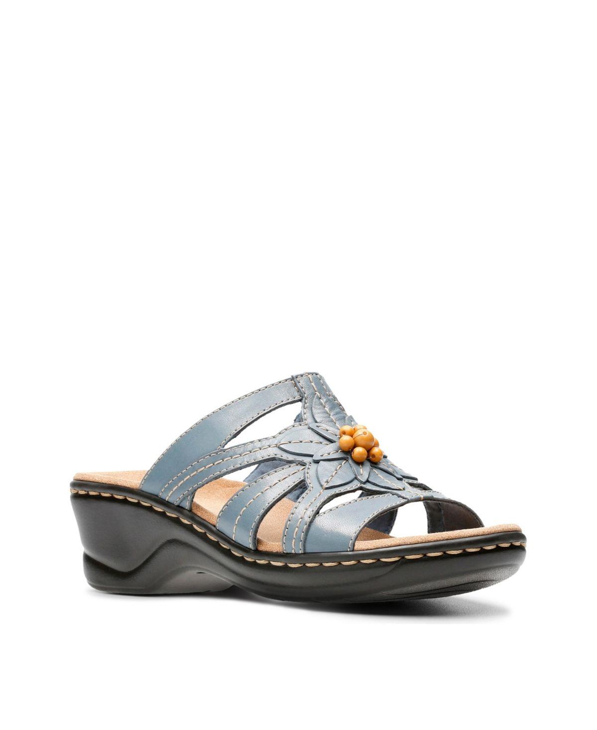 Clarks Collection Women's Lexi Myrtle Sandals Black