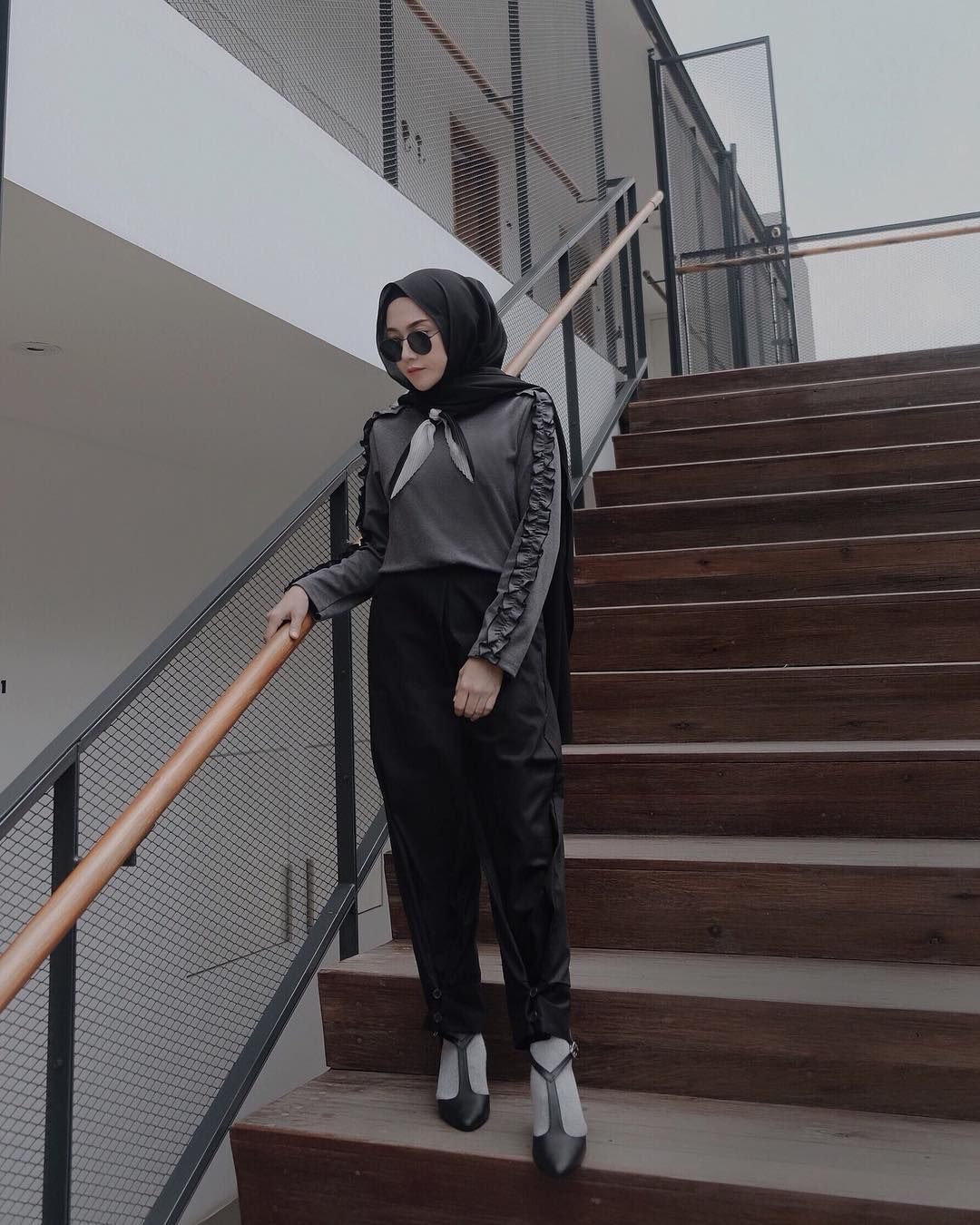 Ootd Baju Hijab Kekinian Ala Selebgram 2018 Wedges High Heels Long