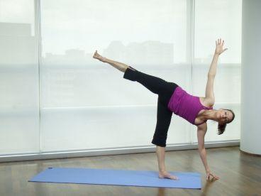 pigeon pose eka pada rajakapotasana  all yoga poses