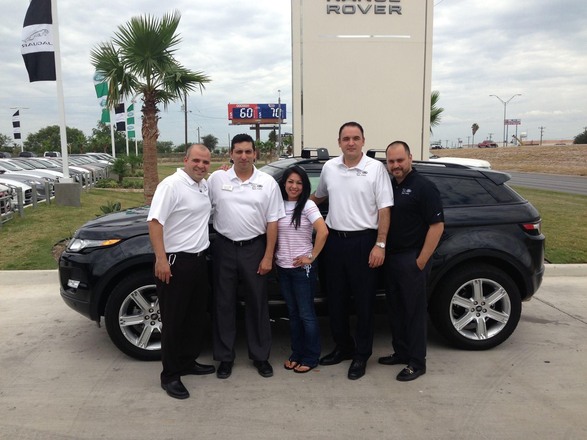 Our Customer Audra Benavidez And Her New 2013 Range Rover Evoque At Land Rover San Juan Texas Www Landroversanj Range Rover Evoque Land Rover Jaguar Land Rover