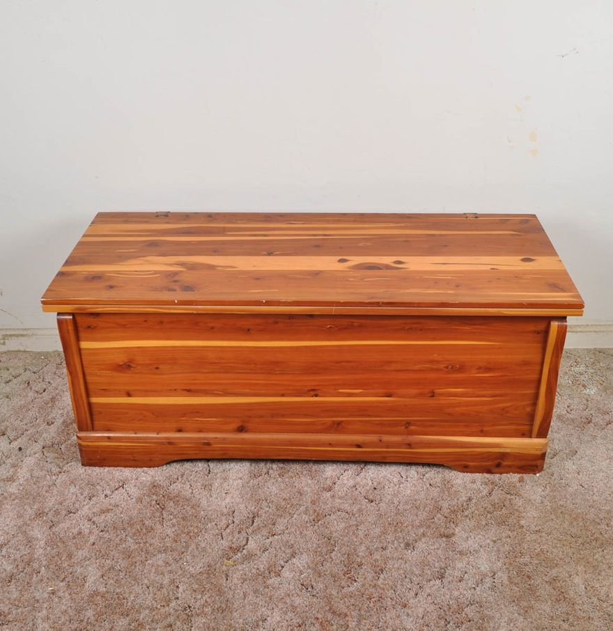 Late 20th Century Cedar Chest By Murphy Furniture Mfg Co Murphy Furniture Cedar Chest Late 20th Century