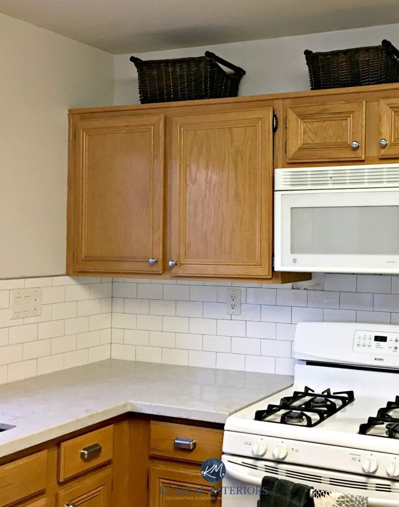 The 15 Best Paint Colours To Go With Oak Or Wood Trim Floor Cabinets And More Oak Kitchen Cabinets Wall Color Honey Oak Cabinets Light Oak Cabinets