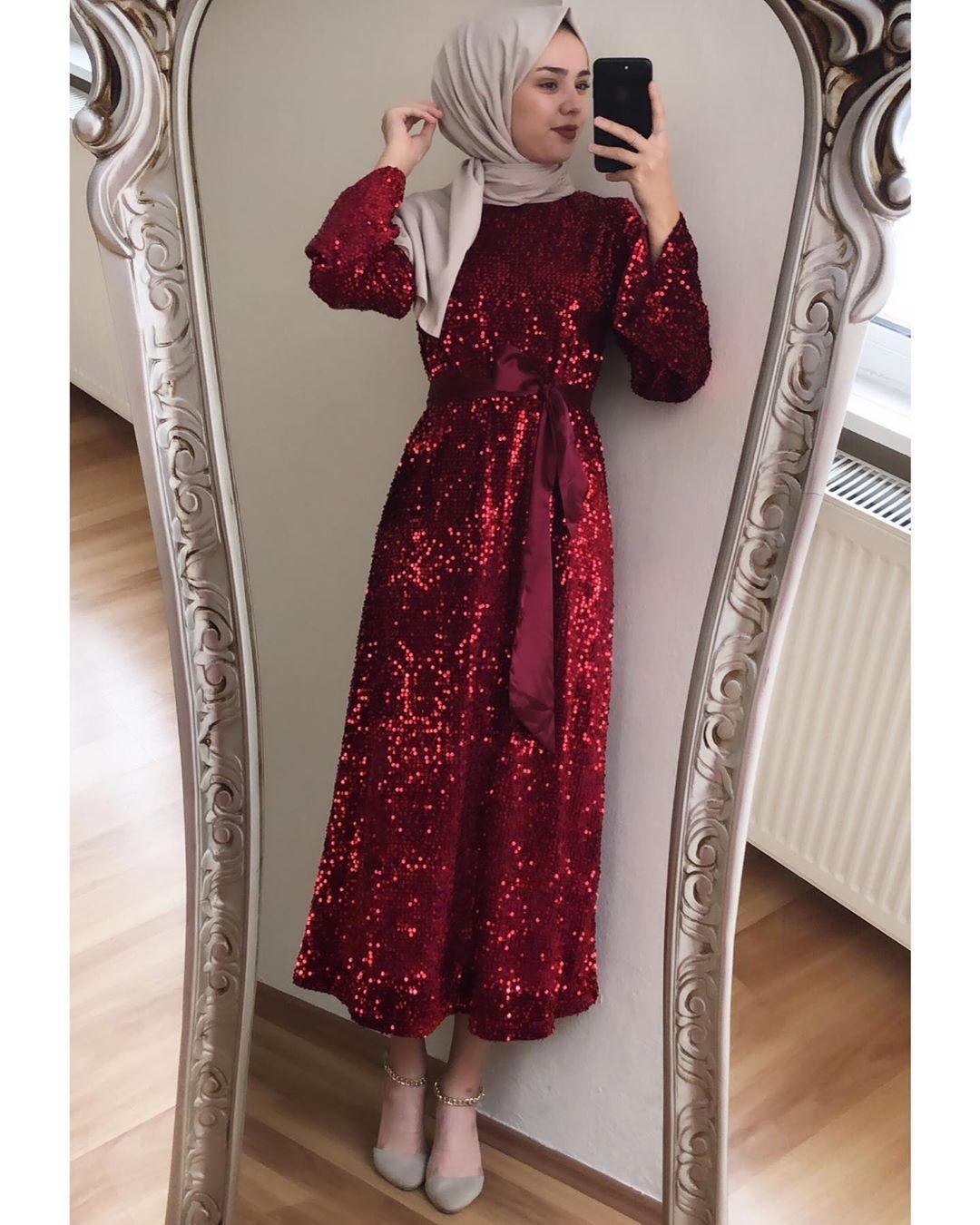 Giza Tesettur On Instagram Cok Sevdiginiz Elbisemiz Tekrar Tekrar Stoklar Da Beden 36 38 40 42 Fiyat 199 95 2020 Elbise Payet Elbise Elbise Ayakkabi