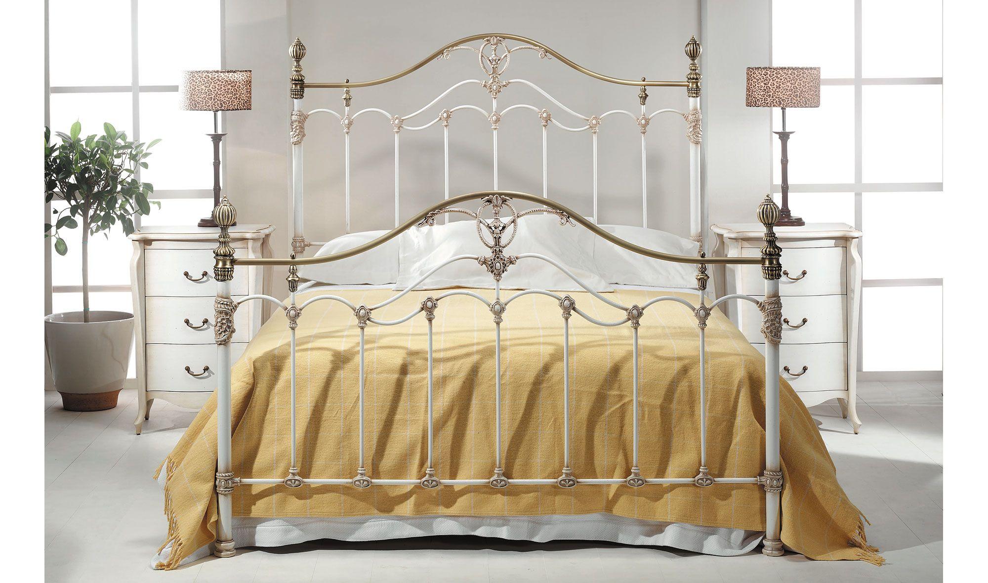Dormitorio forja buleria de lujo en for Catalogo de muebles de dormitorio