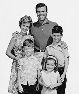 I Cant Accept Movies With Overly Perfect Happy Family It S Not