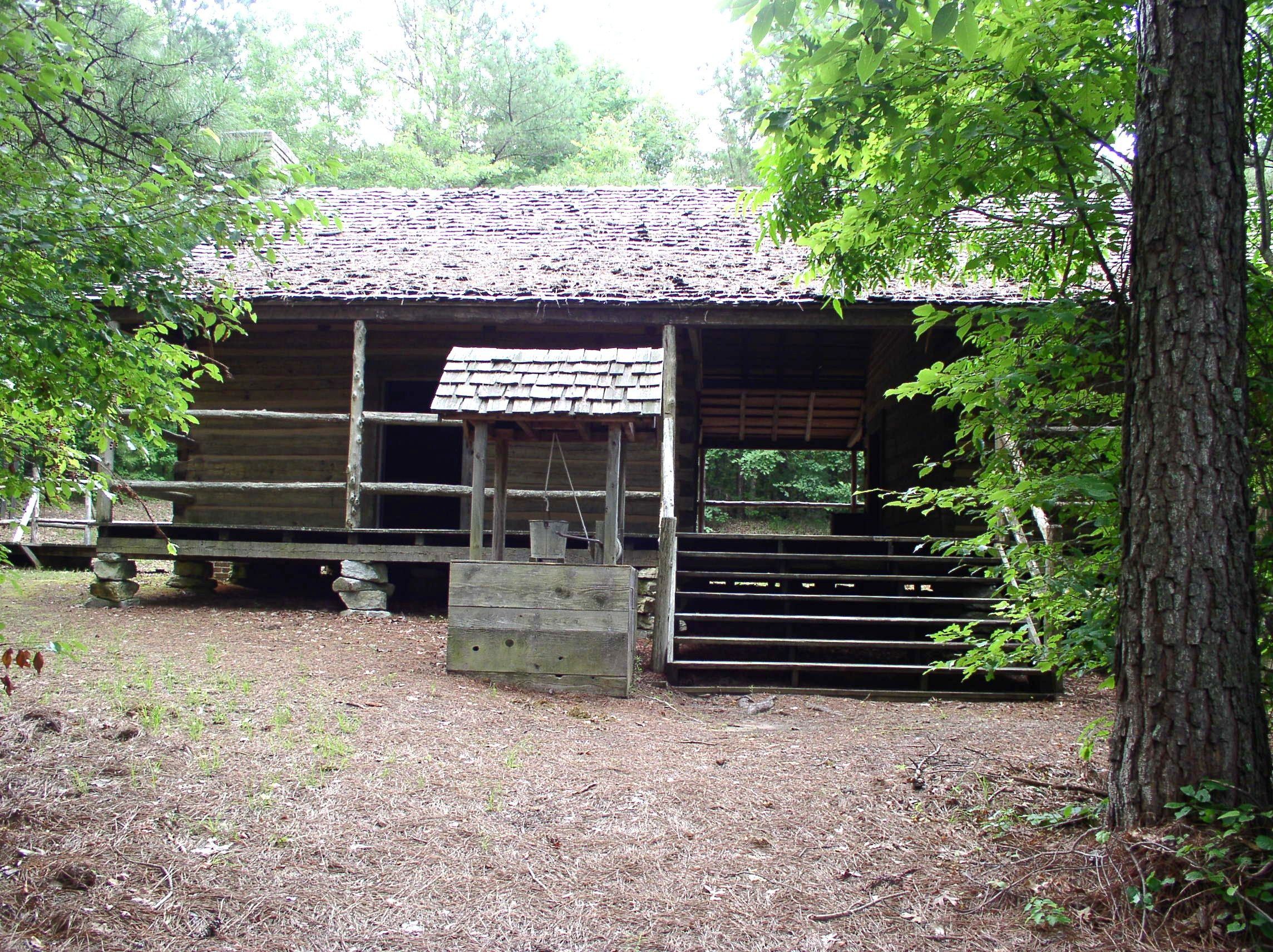 Log Cabin, Bay Springs Lake Visitor Center, Dennis, Mississippi