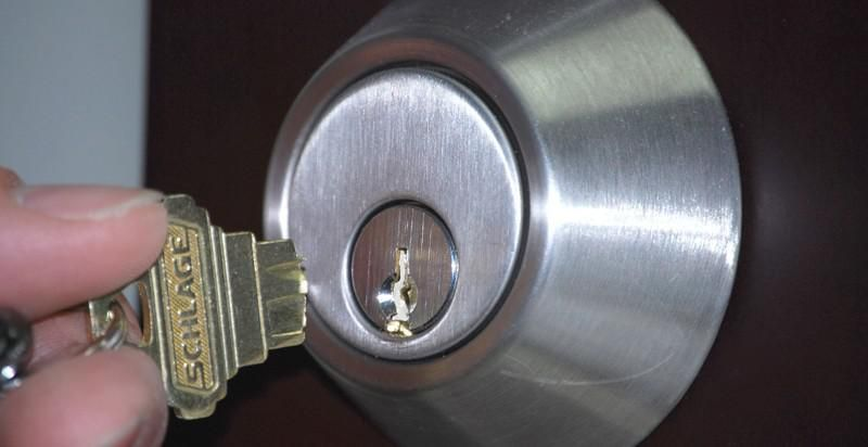 If Your Key Has Broken In Your Lock Do Not Call Your Locksmith