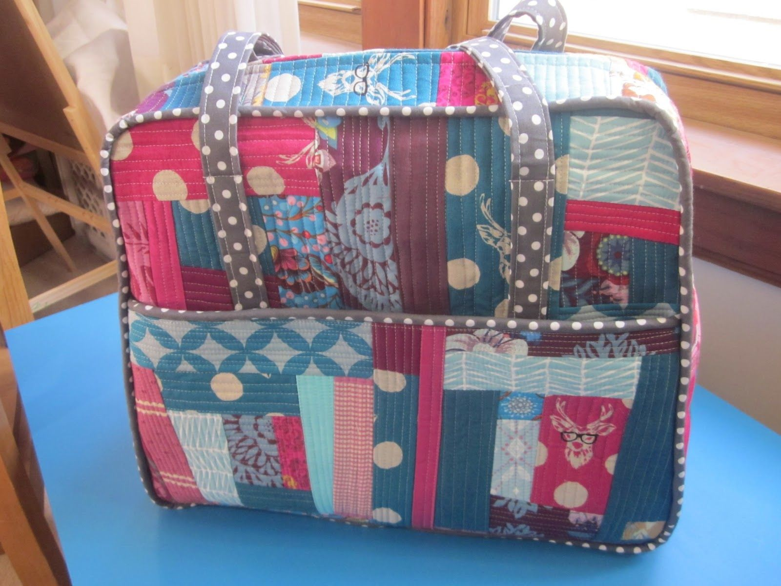 Mommy's Nap Time: Amy Butler Weekender Reveal and Modifications.
