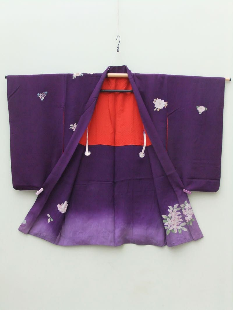 ☆ New Arrival ☆ 'Violet Garden' #women's #antique #purple #silk #Japanese #haori #kimonojacket #peony #floral #design from #FujiKimono http://www.fujikimono.co.uk/fabric-japanese/violet-garden.html #kimono #textile #costume #kawaii #cosplay #fashion #HyperJapan #elegant #violet