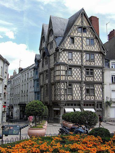 Angers Maine Et Loire Maison D Adam France Mansions House Styles