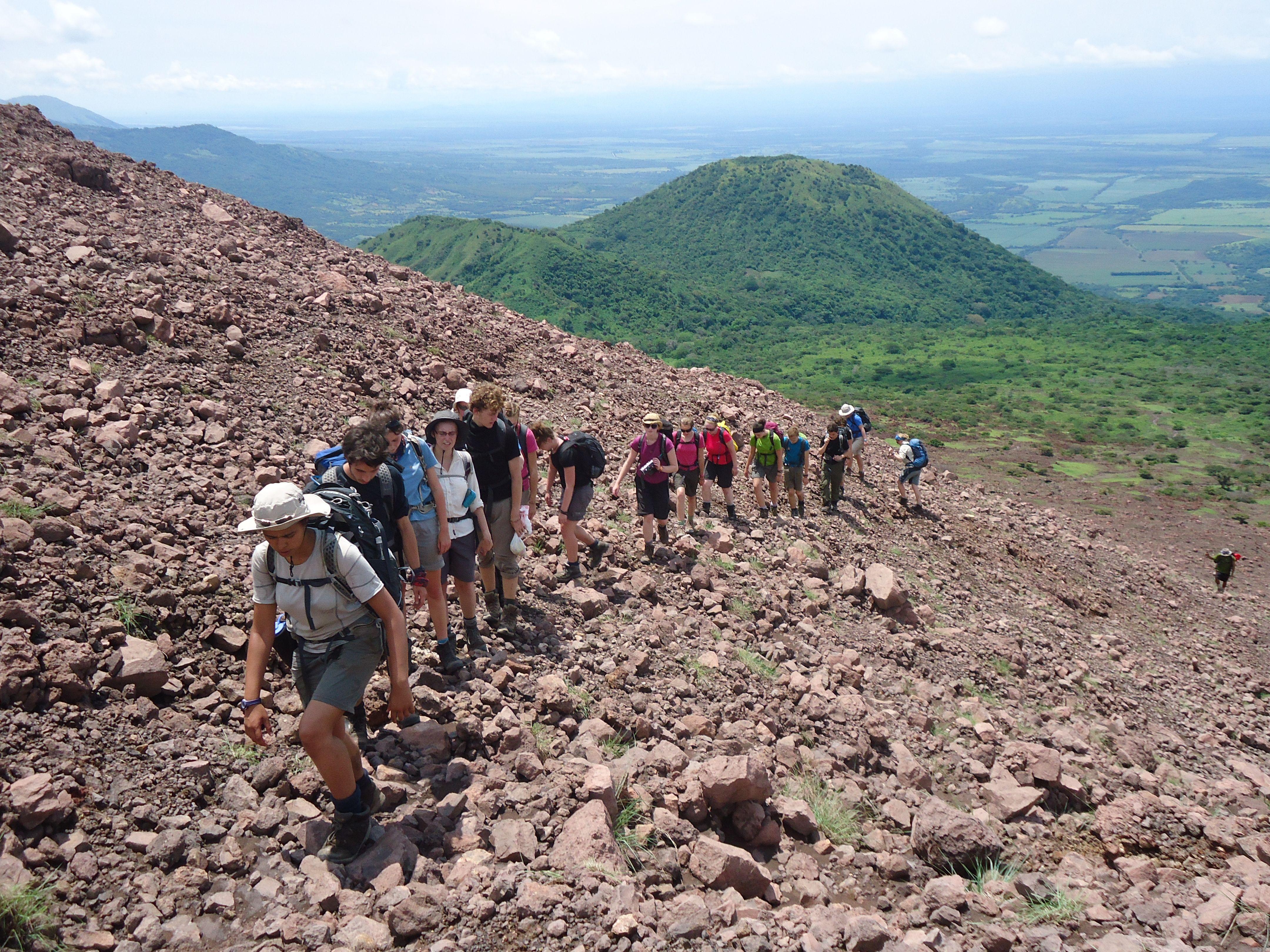 Resultado de imagen para volcan telica excursion