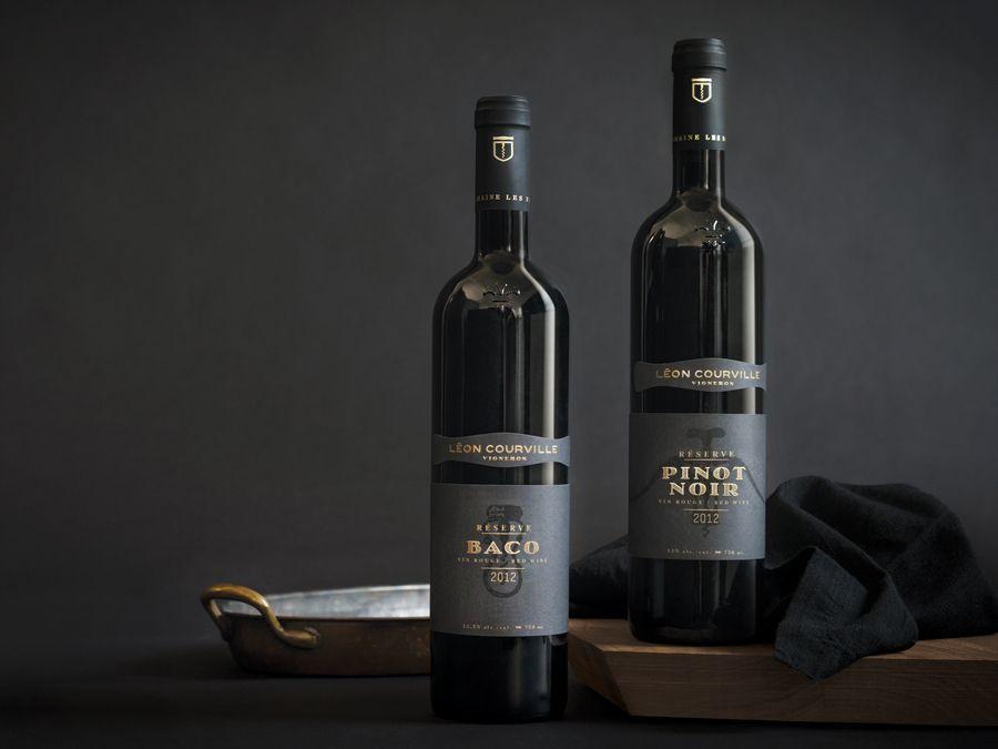 Wine label with gold foil detail for Léon Courville Vigneron designed by lg2 boutique.