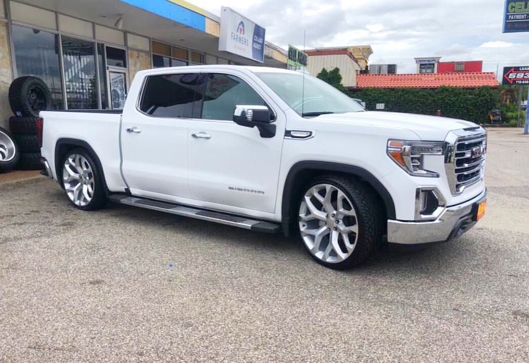 2019 Sierra Lowered On 26s Not A Photoshop 2019sierra Youaintlowtrucks Youaintlow Gmc Trucks Gmc Trucks Sierra Gmc Denali Truck