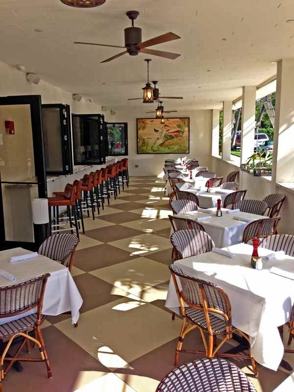 Bricktops Restaurant Is A Pet Friendly Restaurant With Its Outdoor Seating Palm Beach Restaurants Palm Beach Outdoor Seating