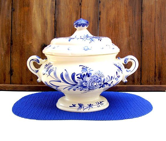 Vintage Soup Tureen Italy Blue White Ironstone Dinnerware  sc 1 st  Pinterest & Vintage Soup Tureen Italy Blue White Ironstone Dinnerware ...