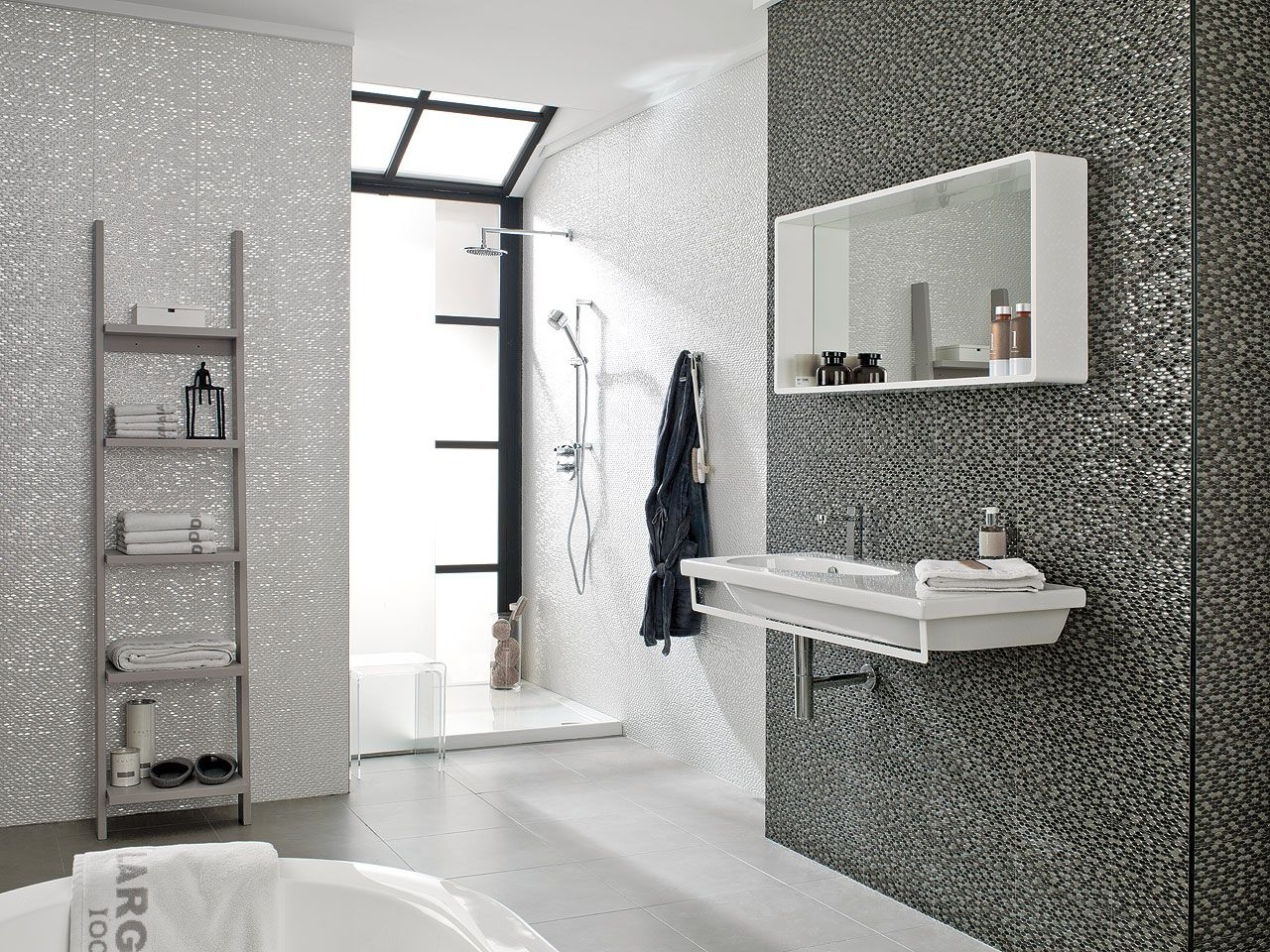 The madison range by porcelanosa available in 3 colour - Porcelanosa carrelage salle de bain ...