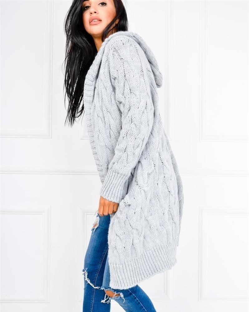 220e9cd087 Cieplutki i otulający stylowy sweterek w warkoczeJak Wam się podoba   www.sukienki.shop