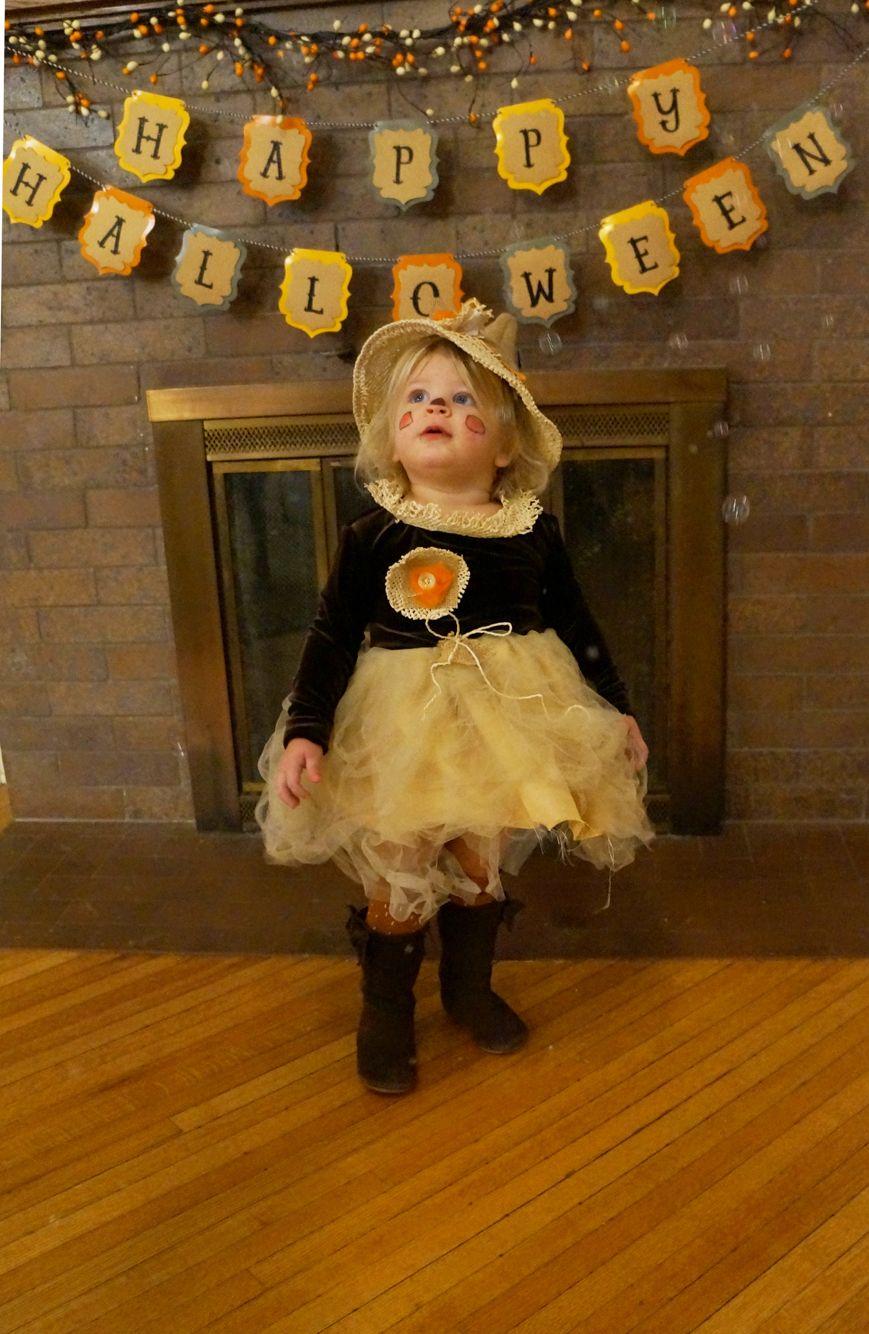 DIY toddler girl kids Halloween costume Wizard of Oz scarecrow ...