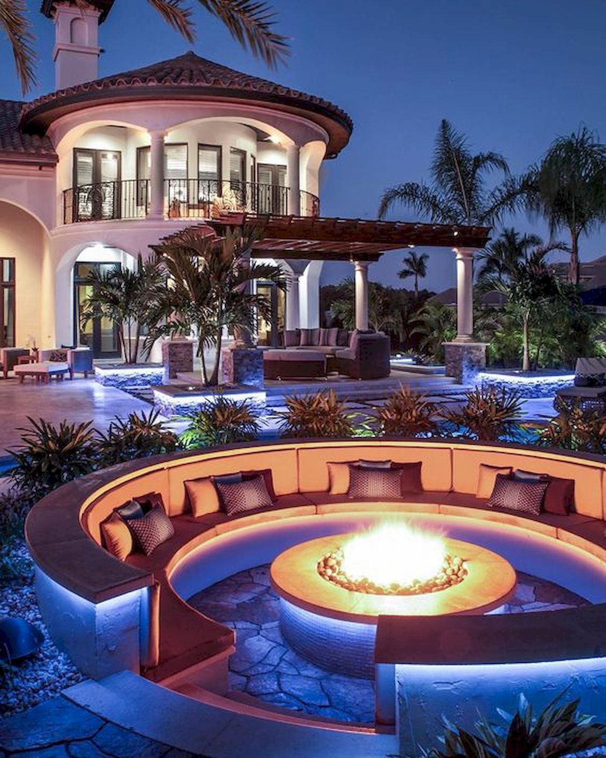 Nice 40 Stunning Mansions Luxury Exterior Design Ideas Https Livingmarch Com 40 Stunning Mansions Luxury Exterior Luxury Exterior Design Dream House Interior