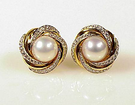 Mikimoto 18k Gold Diamond Mabe Pearl Earrings Pearls