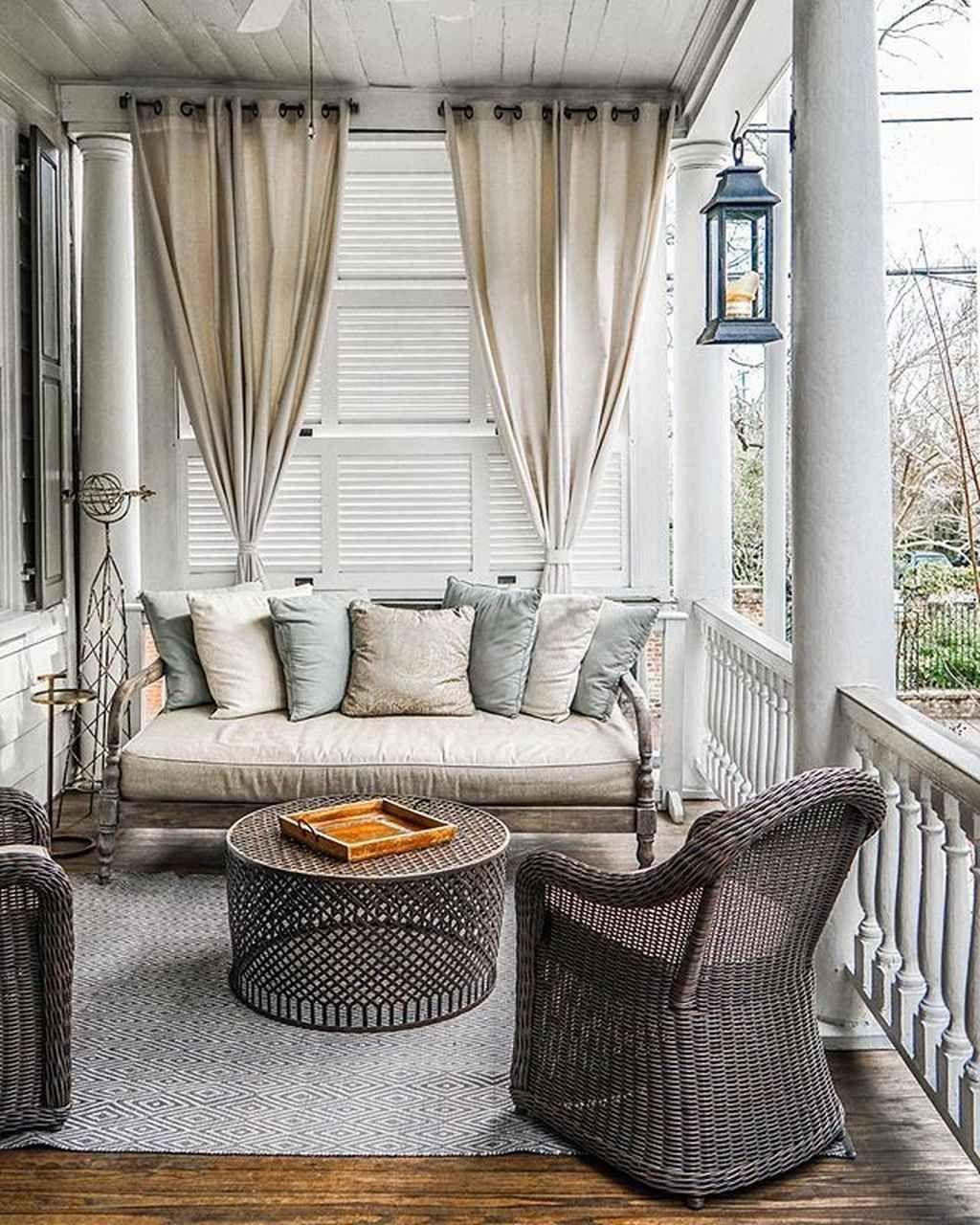85 Awesome Summer Front Porch Decorating Ideas Rideaux En Plein Air Meuble Et Idees Veranda