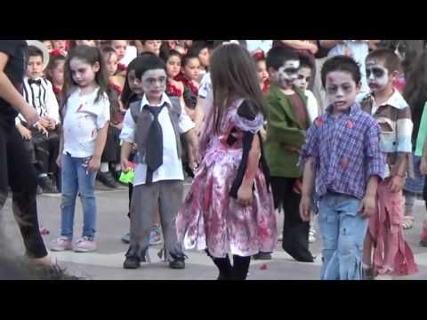 Thriller - Pre kinder C (Amanda Labarca 2015) - YouTube