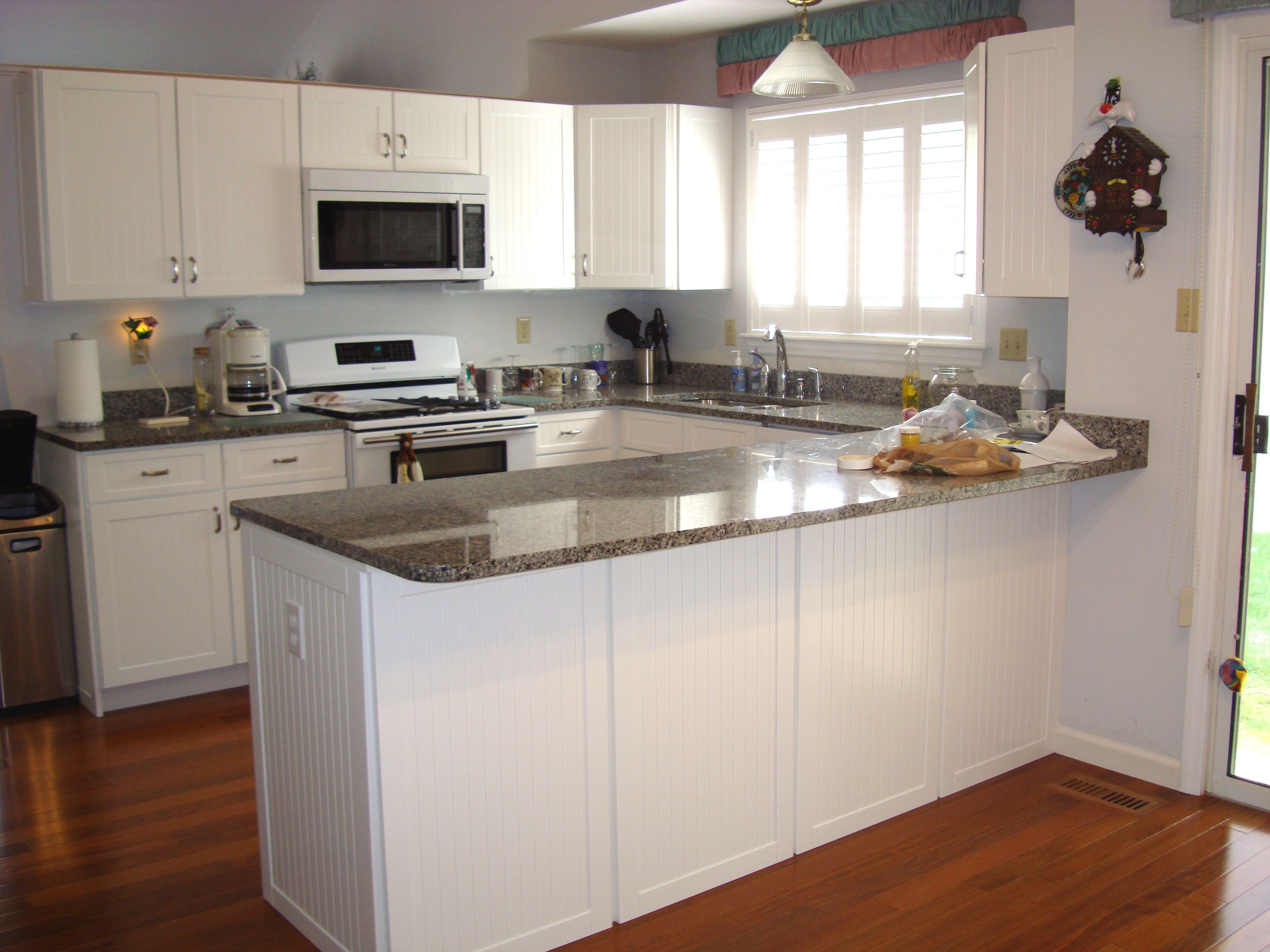 Pin by sparky on Kitchen   Red kitchen cabinets, Red ...