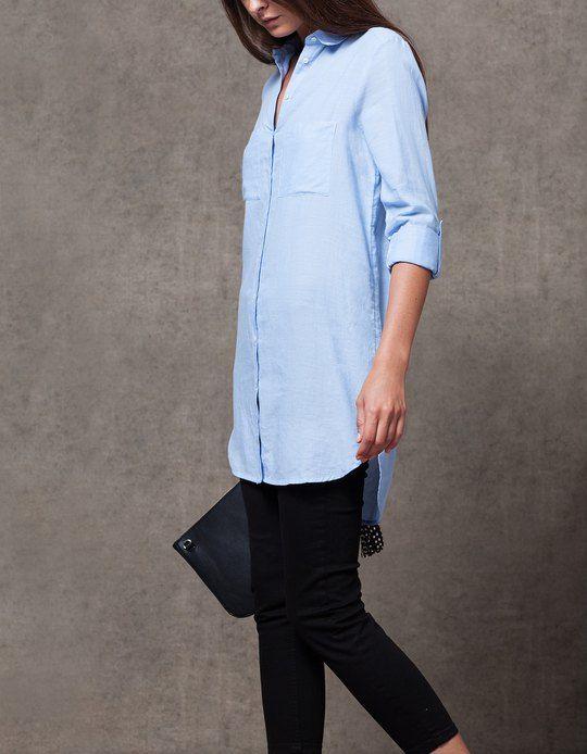 1ee9061f748e En Stradivarius encontrarás 1 Camisa larga con bolsillos para mujer ...