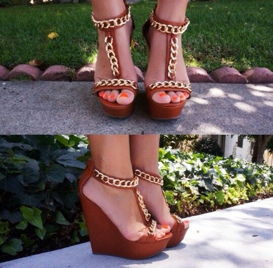 Gold chained wedges